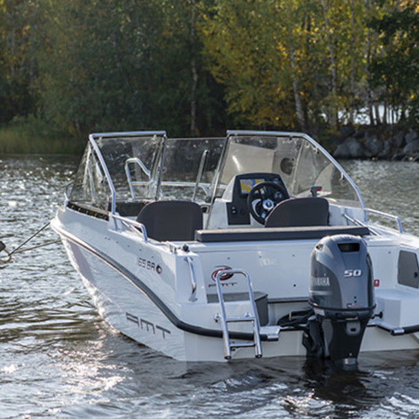 Bow rider AMT 165 BR 2