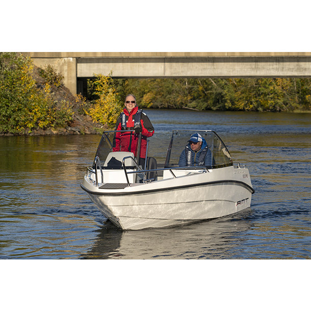 Bow rider AMT 165 BR 3