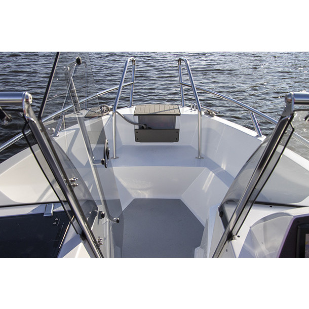 Bow rider AMT 165 BR 7