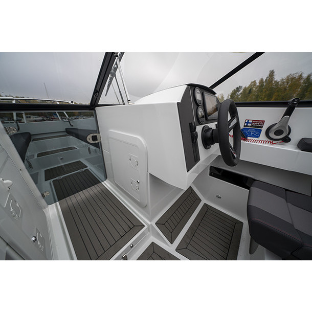 Bow rider AMT 210 BR 7
