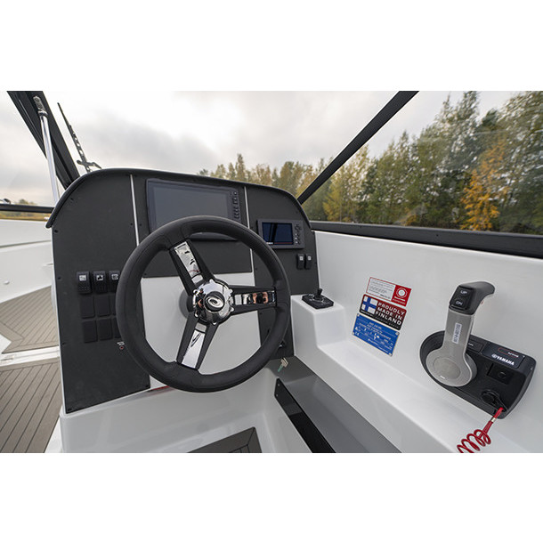 Bow rider AMT 230 BR 5